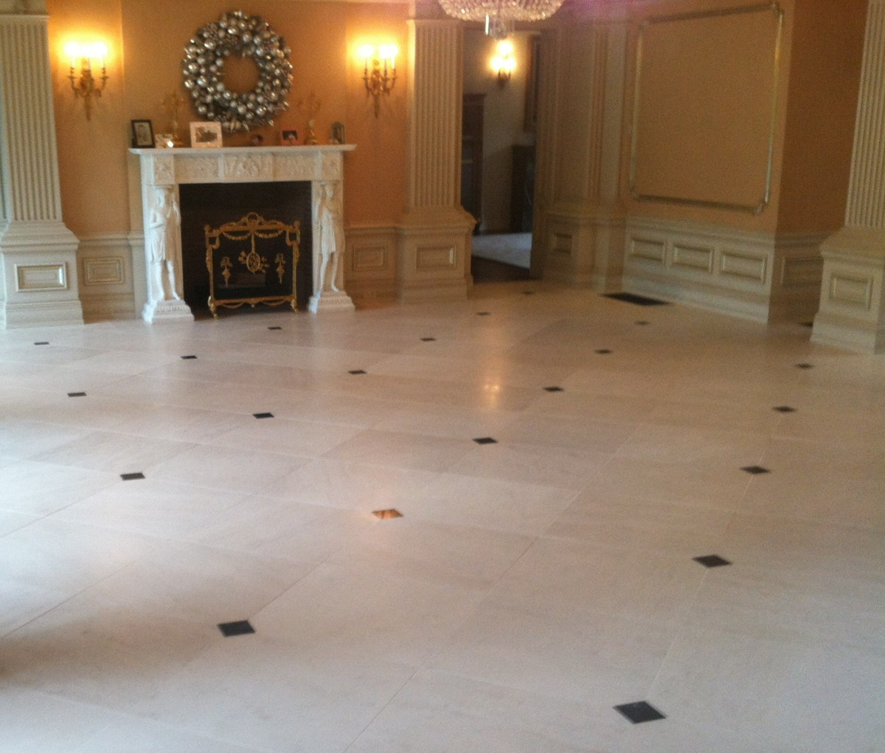 Marble Floor Inserts : Cream martial floor with serpentine green marble inserts